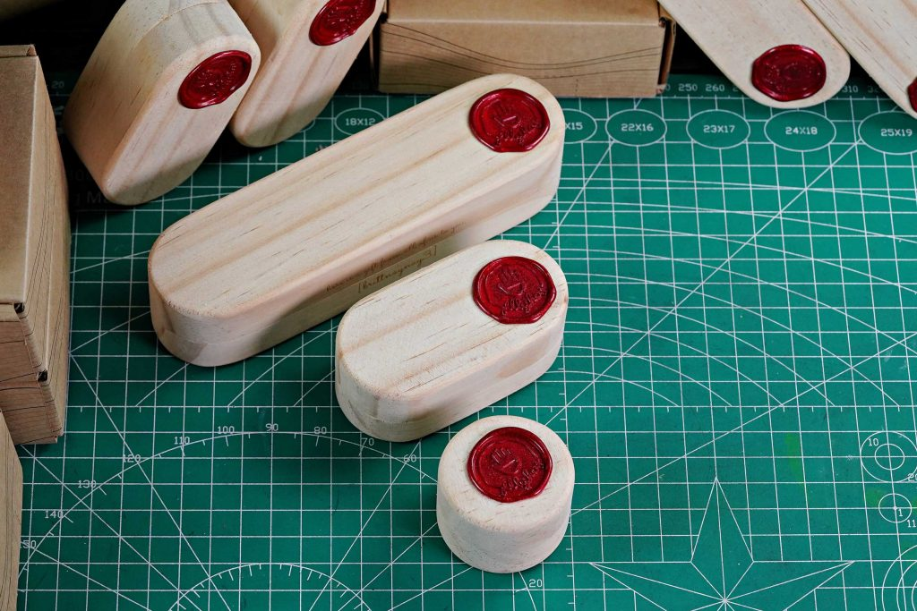 Jelly Key Artisan Keycaps Packaging 17