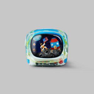retro tv series – life on planets artisan keycap 039